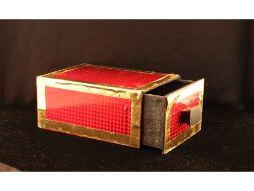 Mefisto krabice (box) 008