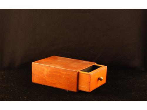 Mefisto krabice (box) 009